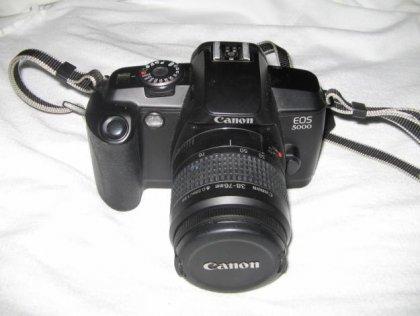 macchina fotografica canon eos5000 1