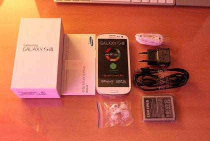 Samsung Galaxy S III I9300 1