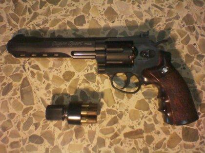 Vendo revolver softair