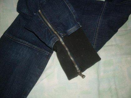 Jeans skinny con polsino e cerniera 2