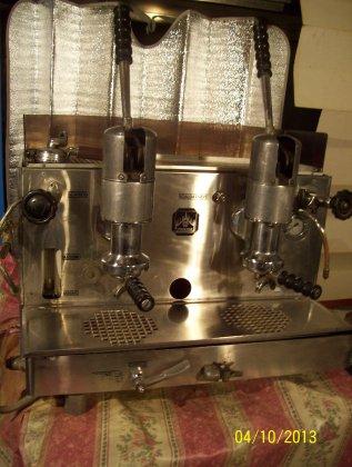 antica macchina da caffè faema... 3