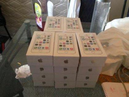 Apple iPhone 5S / Apple iPhone 5C... 3