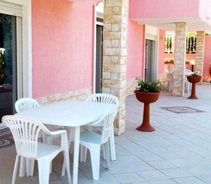 Sardegna- Privato affitta casa ad... 3