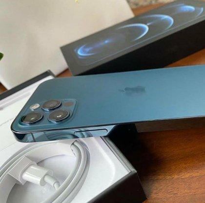 Apple iPhone 12 Pro per 500... 2